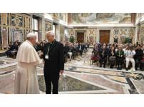 교황님 사진.jpg